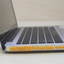 Anti Dust Smart Port Cover Set for Macbook Air / Retina / Pro (Yellow)